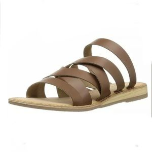 Coconuts by Matisse Ladylike Sandals